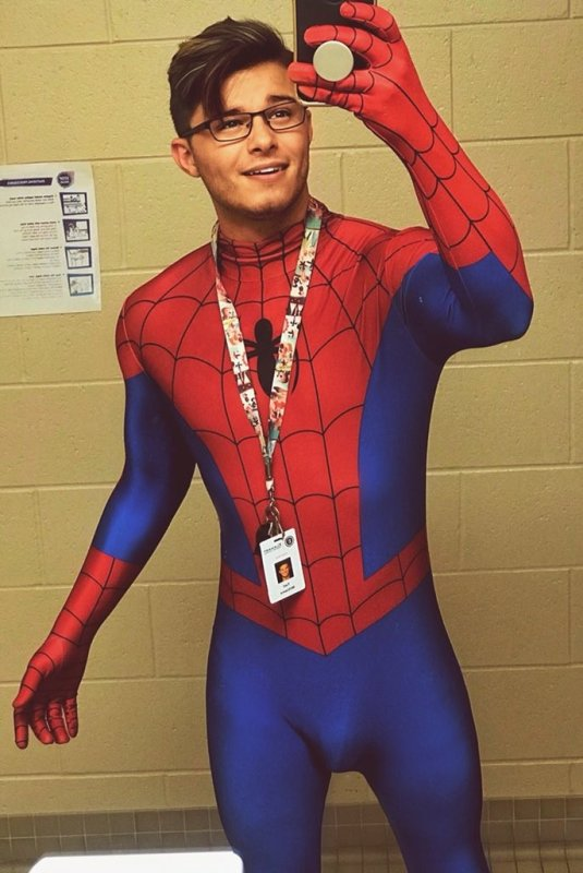 Funny Spiderman Pictures
