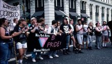 1443036758_new-york-area-bisexual-network-marching-1991